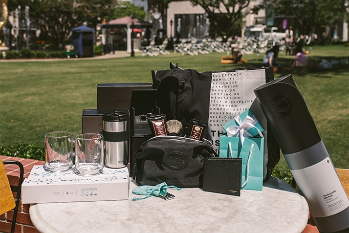 Father's Day Pop-Up Gift Guide: Featuring Everything Dad Never Knew He Always Wanted (Plus the Ultimate Giveaway!)
