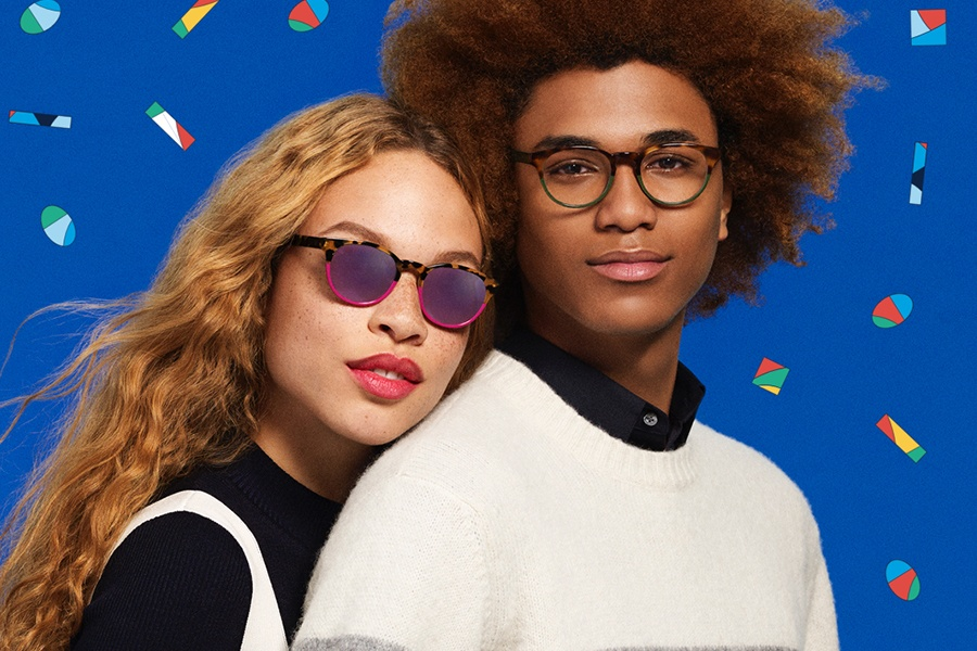 Complimentary Mini Holiday Kit with Purchase at Warby Parker