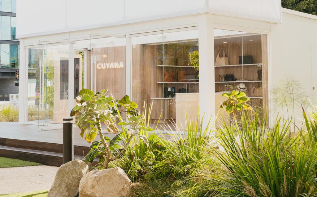 Cuyana Pop-Up: A Traveling Showroom